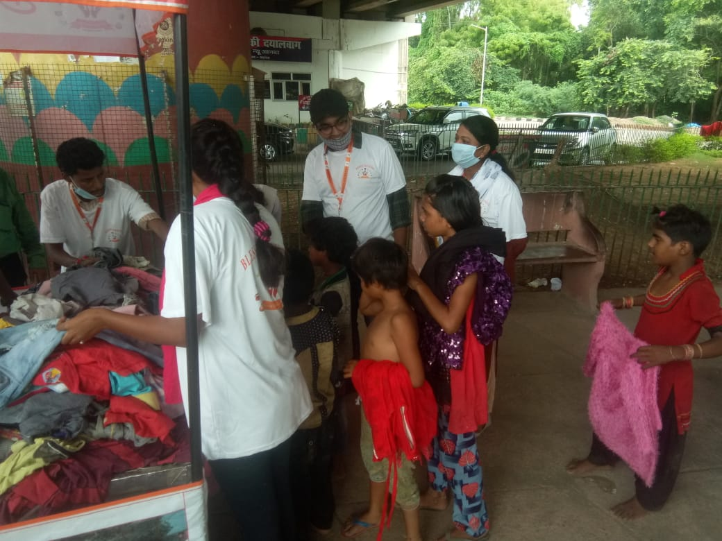 Clothes Donation Programme by Blessing Foundation in Agra (11)