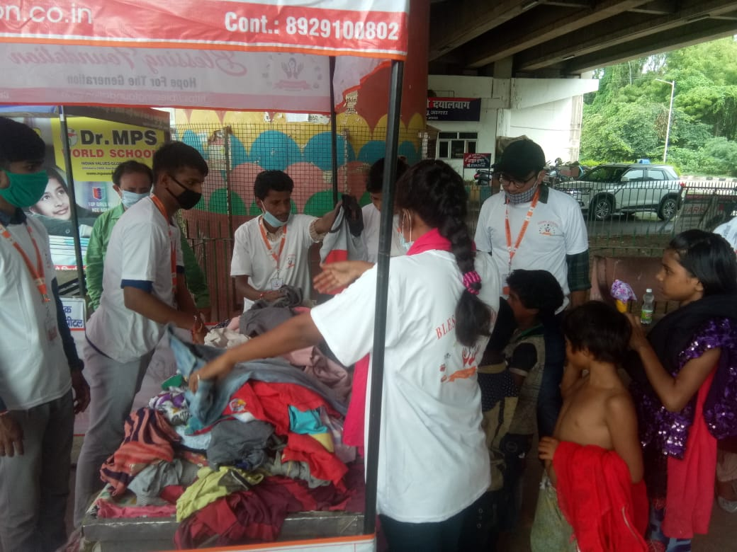Clothes Donation Programme by Blessing Foundation in Agra (14)
