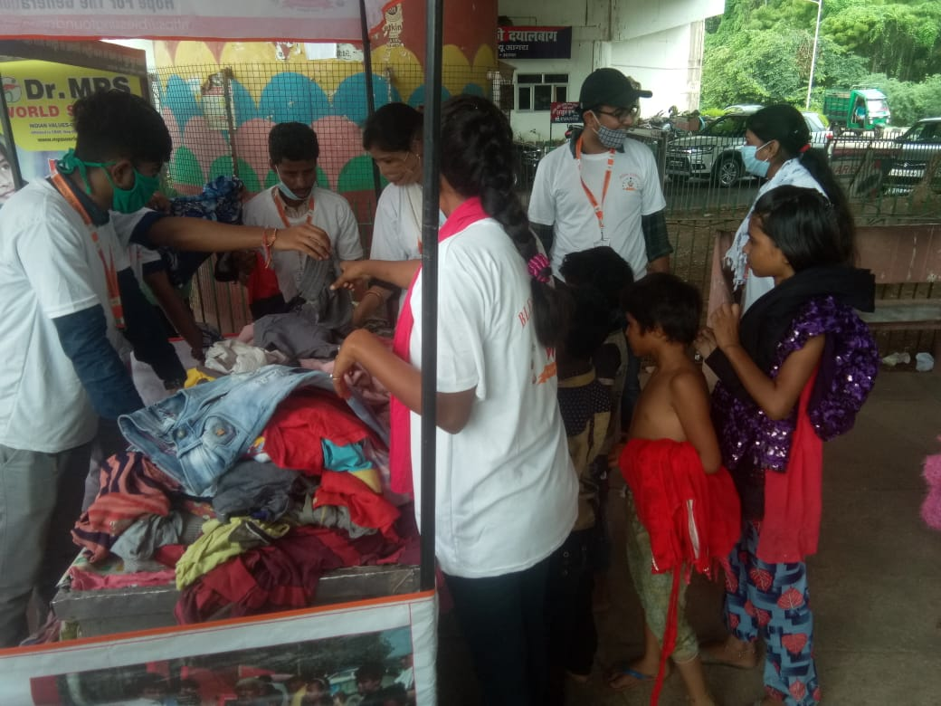 Clothes Donation Programme by Blessing Foundation in Agra (16)