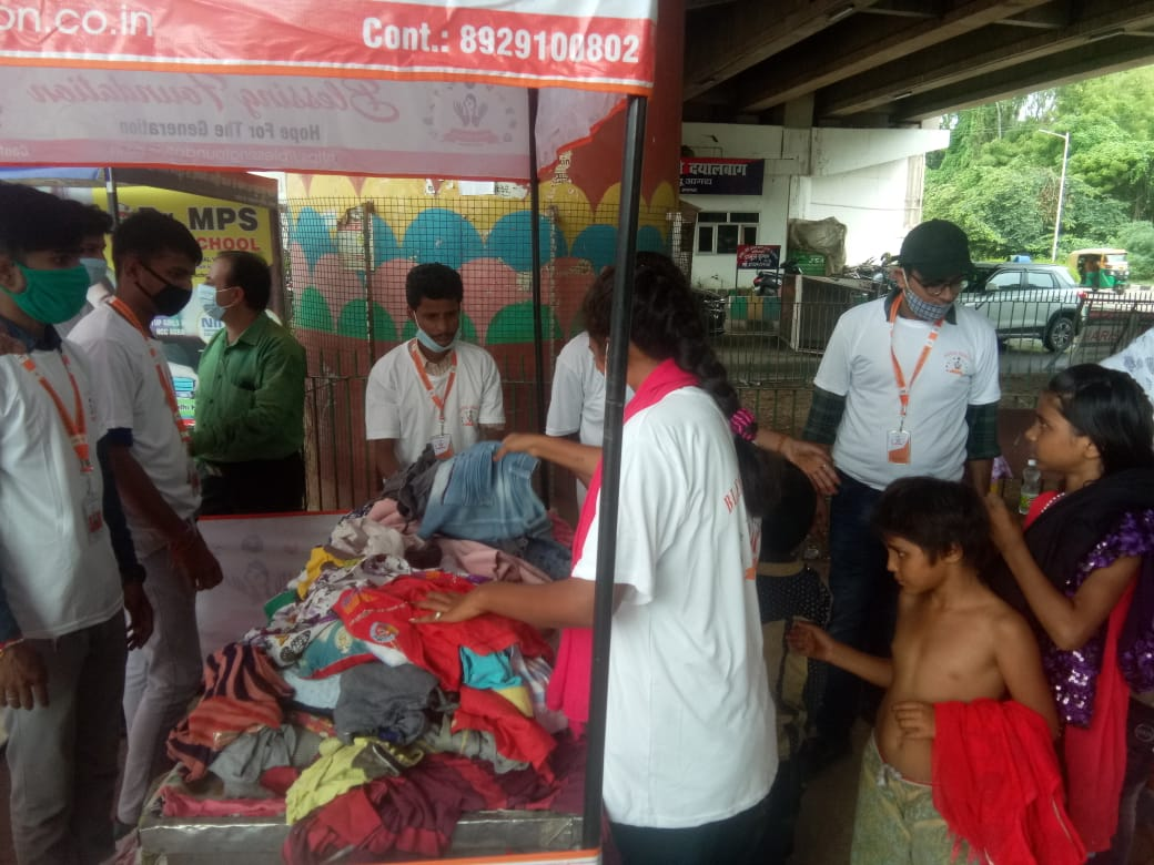 Clothes Donation Programme by Blessing Foundation in Agra (2)