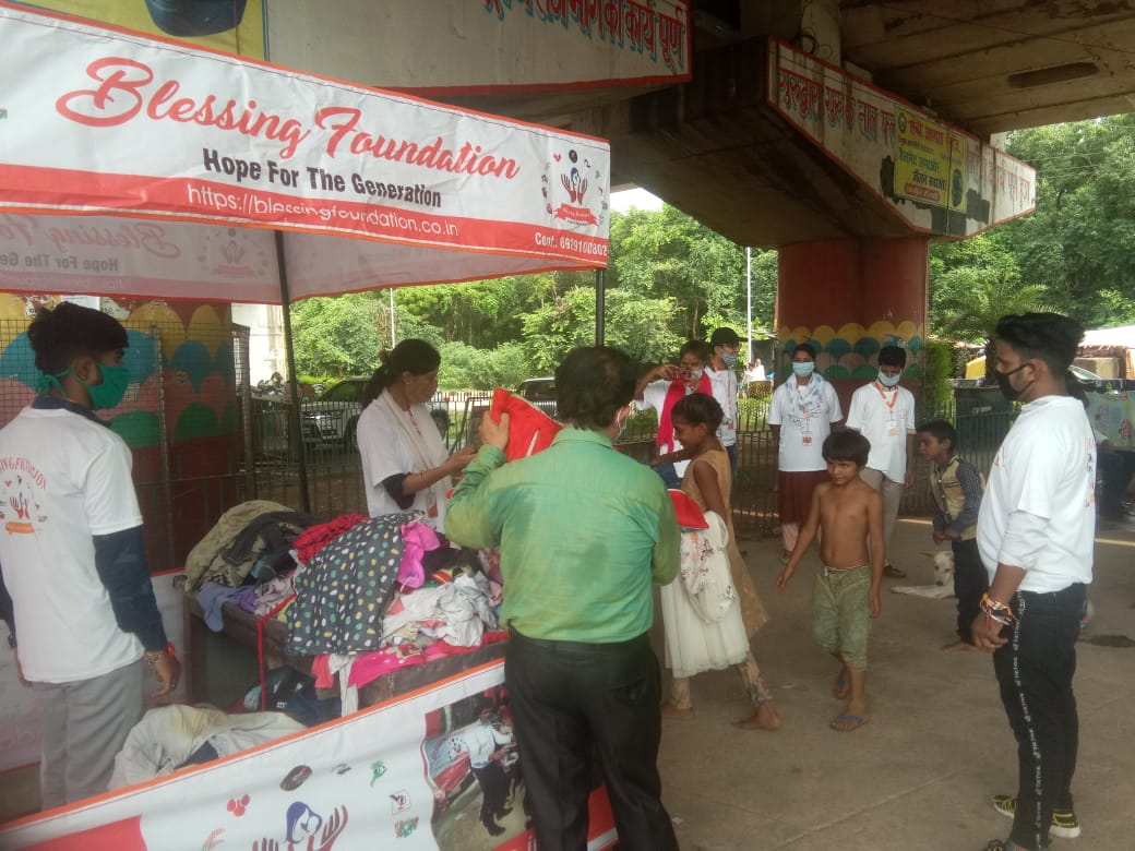 Clothes Donation Programme by Blessing Foundation in Agra (7)